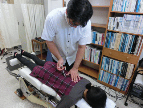 カイロプラクティック、側弯症